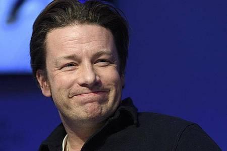 Jamie Oliver, TV-Koch aus Großbritannien, glaubt an viele Talente «da draußen». Foto: Laurent Gillieron/Keystone/dpa