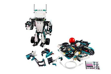 Roboter Blast detektiert etwa Bewegungen im Raum und kann dann Pfeile abfeuern. Foto: Lego/dpa-tmn