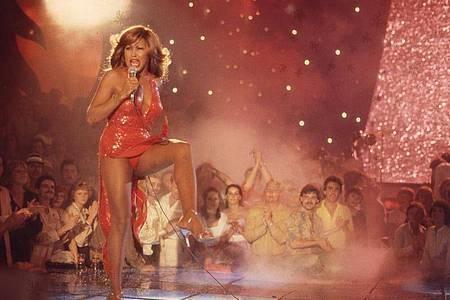 Tina Turner in einer Szene der Dokumentation «Tina». Der Film kommt am 13. Juni in die Kinos und feiert Premiere auf der Sommer-Berlinale. Foto: Universal Pictures /dpa