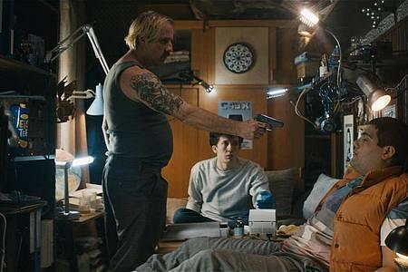 Bjarne Mädel als Dorf-Gangster Buba. Foto: -/Netflix/dpa