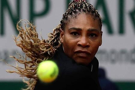 Tritt zu ihrem Zweitrunden-Match bei den French Open nicht an: US-Superstar Serena Williams. Foto: Alessandra Tarantino/AP/dpa