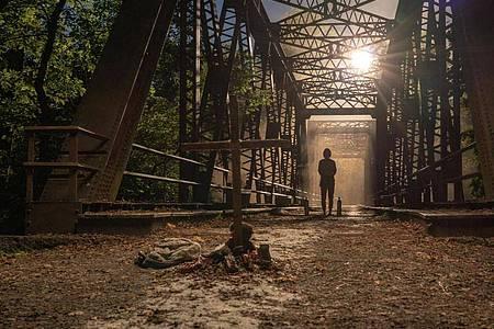 Leise sein: Eine Szene aus «A Quiet Place 2». Foto: Jonny Cournoyer/Paramount/dpa