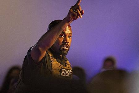 Kanye West vertraut vor allem sich selbst. Foto: Lauren Petracca Ipetracca/The Post And Courier via AP /dpa