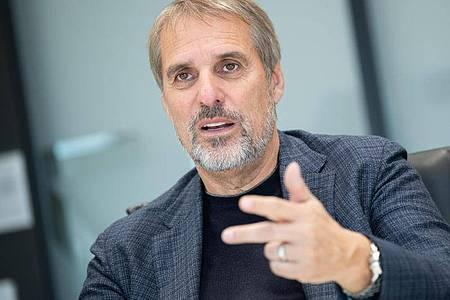 Wilfried Porth, Personalvorstand der Daimler AG. Foto: Tom Weller/dpa