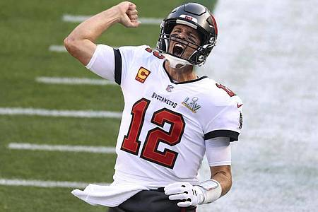 Will mit den Tampa Bay Buccaneers erneut den Super Bowl holen: Star-Quarterback Tom Brady. Foto: Mark Lomoglio/AP/dpa