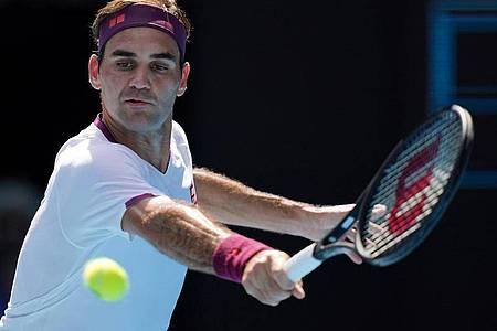 Roger Federer musste sich erneut am Knie operieren lassen. Foto: Michael Dodge/AAP/dpa