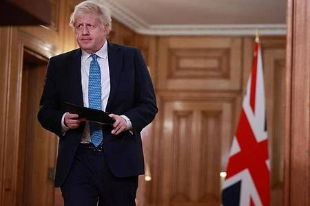 Premierminister Boris Johnson zeigt sich «optimistisch und voller Hoffnung», dass sich die Corona-Situation bis zum Frühling verbessern wird. Foto: Hannah Mckay/PA Wire/dpa