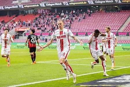 Neuzugang Ondrej Duda (vorne) rettete Köln einen Punkt. Foto: Marcel Kusch/dpa