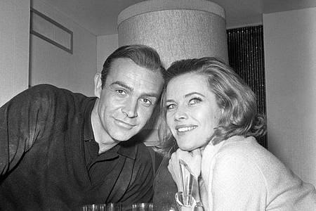 Er war James Bond, sie Pussy Galore:Sean Connery und Honor Blackman. Foto: Pa/PA Wire/dpa