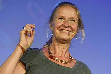 Die Kinder- und Jugendbuchautorin Cornelia Funke hat keine Zeit für die Liebe. Foto: Christophe Gateau/dpa