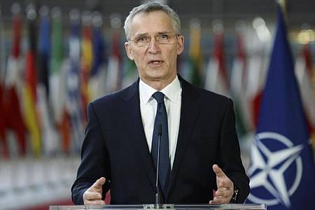 Jens Stoltenberg hatte Mitte Februar im Rahmen seiner Reforminitiative «Nato 2030» vorgeschlagen, die Kosten für Maßnahmen innerhalb des Bündnisgebiets wesentlich stärker zu vergemeinschaften. Foto: Johanna Geron/Pool Reuters/AP/dpa