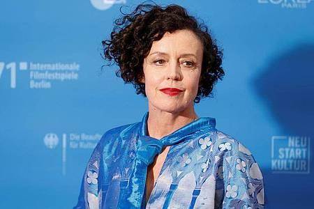 Maria Schrader präsentiert ihren Film «Ich bin dein Mensch» auf der Berlinale. Foto: Axel Schmidt/Reuters/Pool/dpa