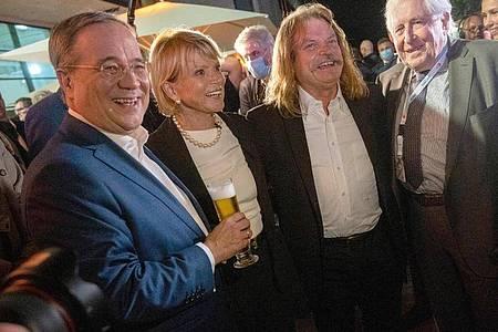Unterstützen den Kanzlerkandidaten Armin Laschet (l-r): Uschi Glas, Leslie Mandoki und Bernhard Vogel (CDU). Foto: Christophe Gateau/dpa