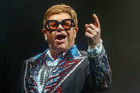Elton John bei einem Konzert in Madrid 2019. Foto: Ricardo Rubio/Europa Press/dpa
