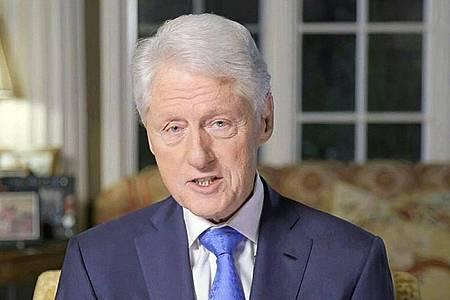 Bill Clinton ist froh, nach einem Krankenhausaufenthalt wieder zuhause sein zu können. Foto: Uncredited/Democratic National Convention/AP/dpa