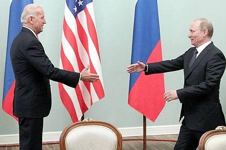 Das Treffen zwischen Biden (l) und Putin wird weltweit mit Spannung erwartet. Foto: Maxim Shipenkov/EPA/dpa
