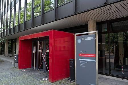 Die Technische Informationsbibliothek Hannover ist Bibliothek des Jahres 2020. Foto: Peter Steffen/dpa