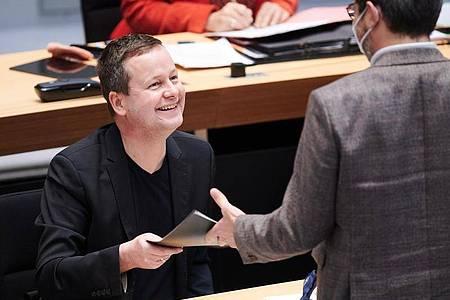 Klaus Lederer (Die Linke), Senator für Kultur, im Plenarsaal des Berliner Abgeordnetenhauses. Foto: Annette Riedl/dpa