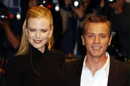 """Nicole Kidman und Ewan McGregor 2001 bei der Premiere von """"Moulin Rouge"""" in London. Foto: William Conran/PA/epa/dpa"""