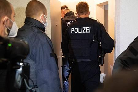 Bei einer großangelegten Razzia gingen Bundespolizisten in mehreren Bundesländern gegen Schleuserkriminalität vor. Foto: Paul Zinken/dpa-Zentralbild/dpa