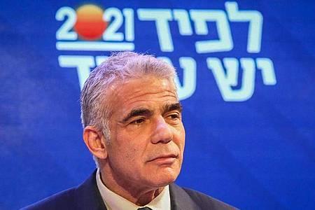 Jair Lapid hat offenbar genug Partner für eine Koalition gefunden. Foto: Ilia Yefimovich/dpa