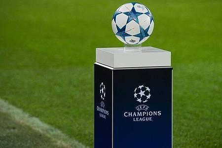 Die UEFAerlaubt vorsorglich, dass die Vorrunde im Europapokal in diesem Jahr erst bis zum 28. Januar 2021 abgeschlossen werden muss. Foto: Julian Stratenschulte/dpa