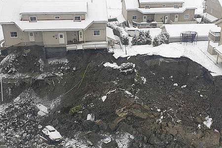 Der Erdrutsch in der Kommune Gjerdrum hat großen Schaden hinterlassen und zahlreiche Häuser zerstört. Foto: Jaran Wasrud/Nve/NVE/NTB/dpa