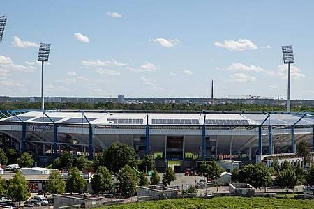 Sollte eigentlich Austragungsort des Fußballklassikers Deutschland gegen Italen sein: Das Max-Morlock-Stadion in Nürnberg. Foto: Daniel Karmann/dpa