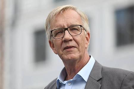 Nach Ansicht von Dietmar Bartsch sollte die Kanzlerin die Bahn anweisen, die Forderungen der GDL zu erfüllen. Foto: Danny Gohlke/dpa