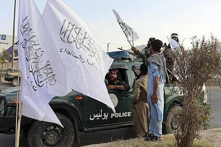 Kämpfer der Taliban in der afghanischen Hauptstadt Kabul. Foto: Khwaja Tawfiq Sediqi/AP/dpa