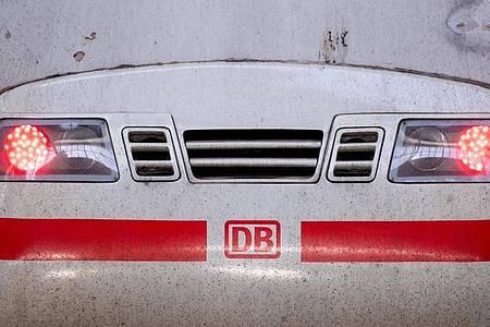 Die Gewerkschaft Deutscher Lokomotivführer (GDL) sieht im Tarifangebot der Deutschen Bahn keine Verhandlungsgrundlage. Foto: Sven Hoppe/dpa