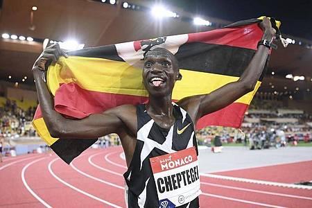 Joshua Cheptegei stellte einen Weltrekord über 5000 Meter auf. Foto: Matthias Hangst/Pool Getty/AP/dpa