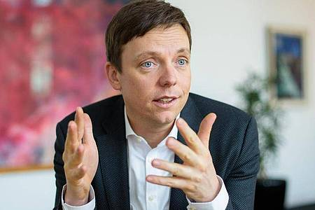 Tobias Hans (CDU), Ministerpräsident des Saarlandes. Foto: Oliver Dietze/dpa