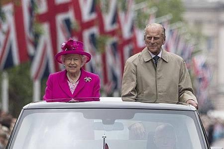 Er war die Stütze ihres Lebens:Prinz Philip an der Seite der Queen. Foto: Arthur Edwards/The Sun/PA Wire/dpa