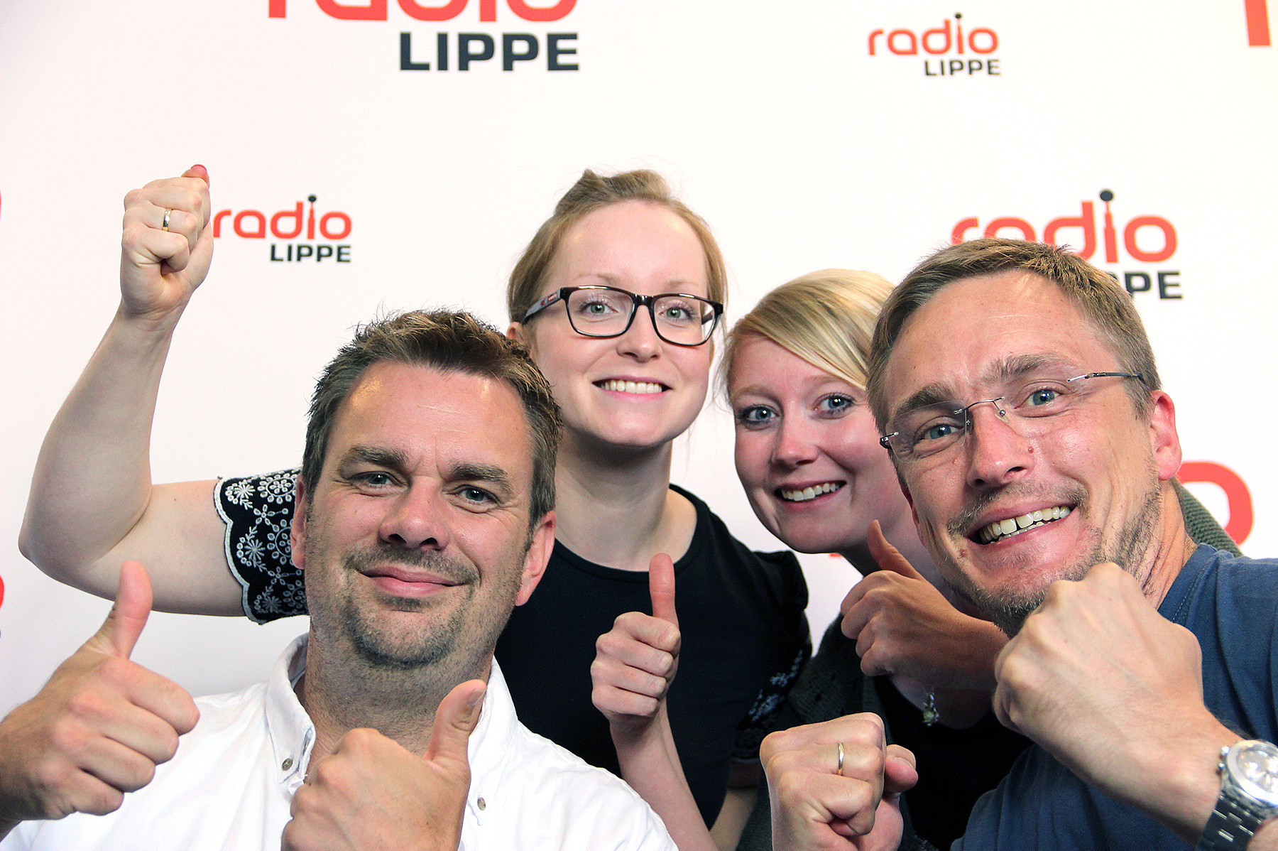 Freude bei den VIER VON HIER von Radio Lippe