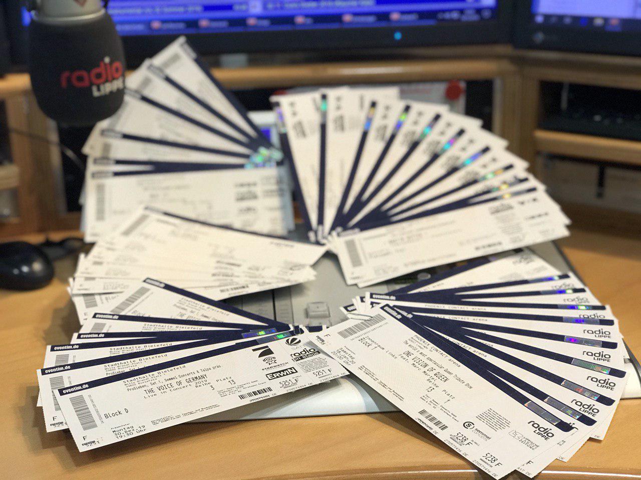 tickets auf tisch